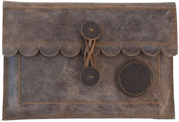 Vintage-Tablethülle aus Büffelleder in altbraun