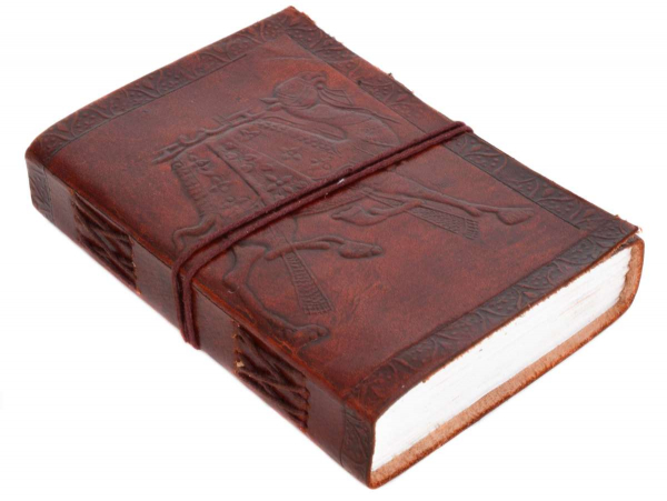 Kleines geprägtes Lederbuch