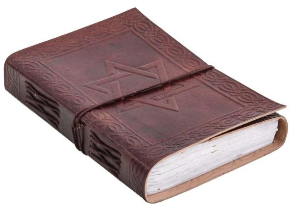 Lederbuch mit Hexagramm-Prägung