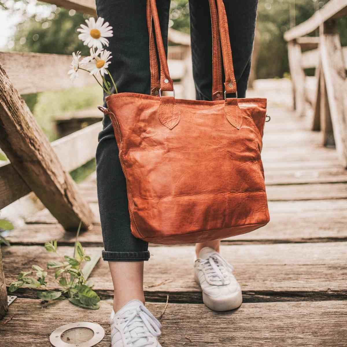 Vintage Schultertasche Taschensack  Damentasche Cognac echt Leder 708C Ital