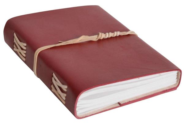 Notizbuch mit rotem Ledereinband DIN A5