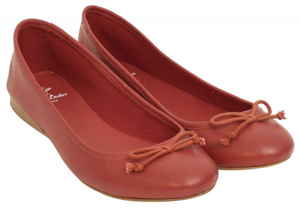Rote Leder-Ballerinas